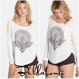 NWOT Billabong Eye See Sky long sleeve Tee XS